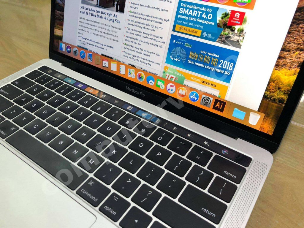 Macbook Pro 2018 i5 touchbar